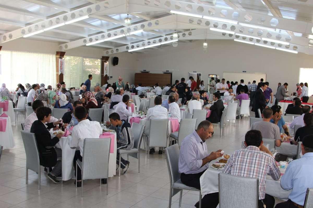 Kavakyolu bahçe saray düğün salonu ve sosyal tesisleri